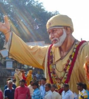 Shirdi: Devotion at its best near Mumbai