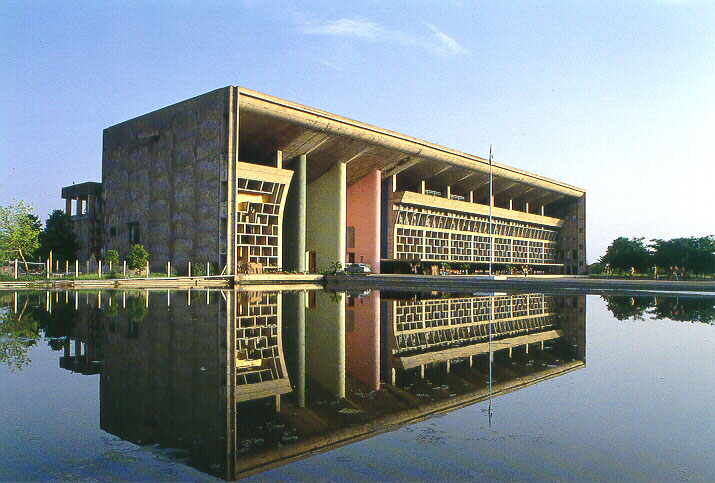 Explore the city of chandigarh the gateway to many for Cout plan architecte