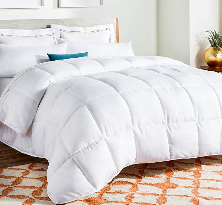 Comforters for Summers