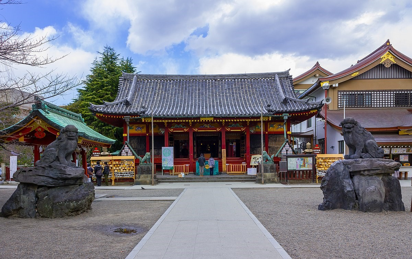 Stop by Asakusa temple
