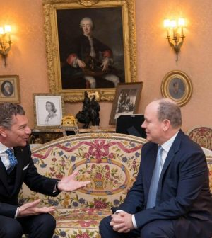 meeting between Dario Item