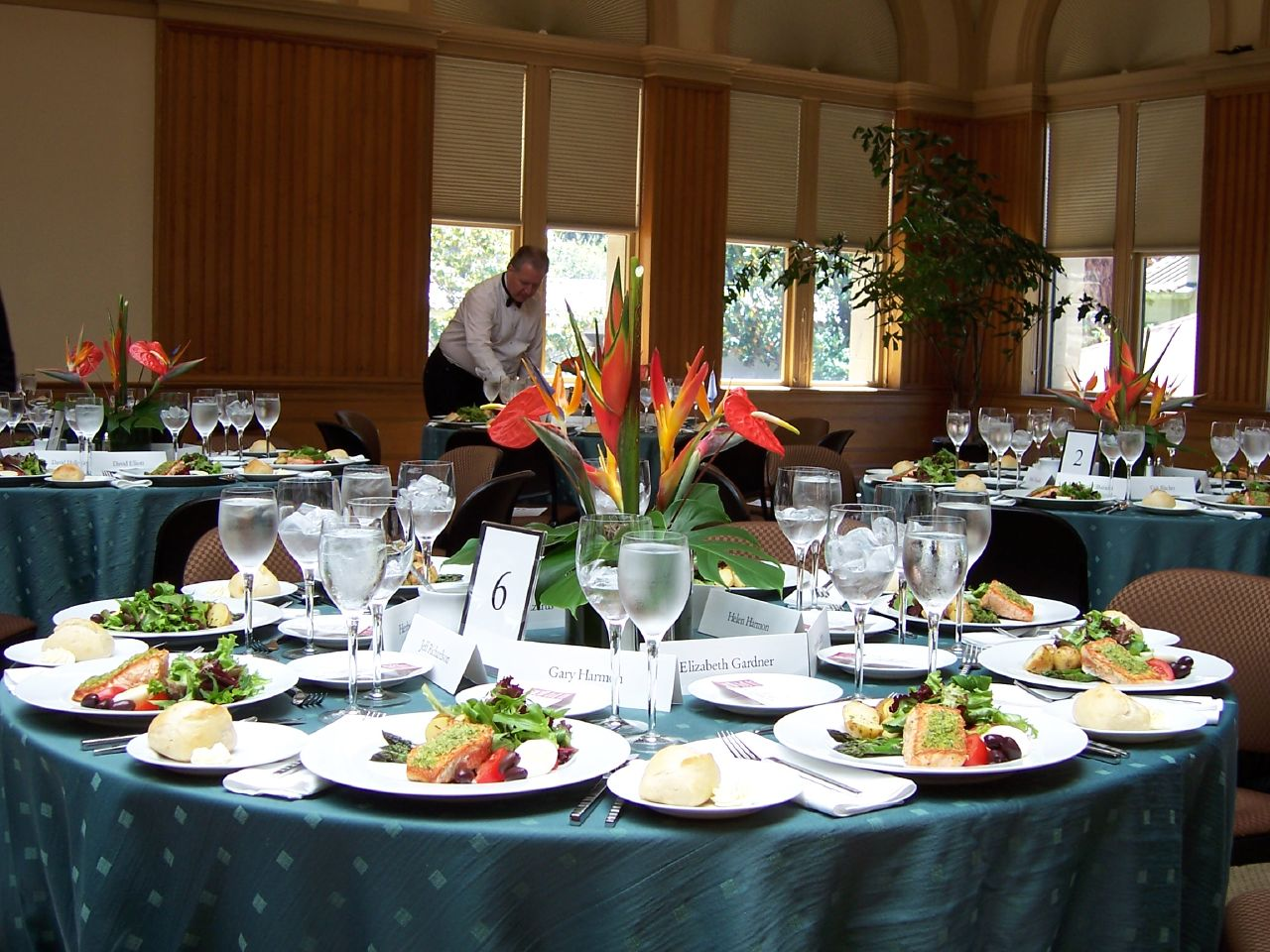 Basic Details When Hiring Catering Services